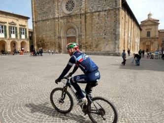 Atri Piazza Duomo.JPG