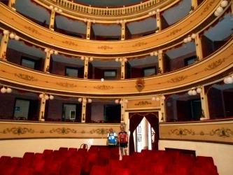 Il Teatro Comunale.JPG