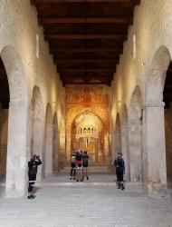 14 San Pietro Oratorum interno.jpg