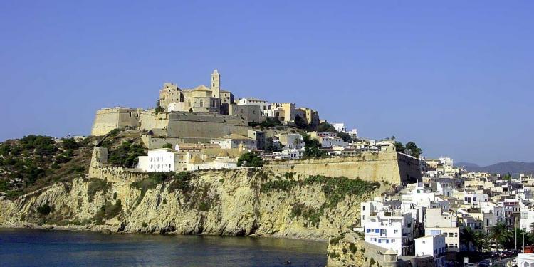 Baleari: alla scoperta di Ibiza e Formentera