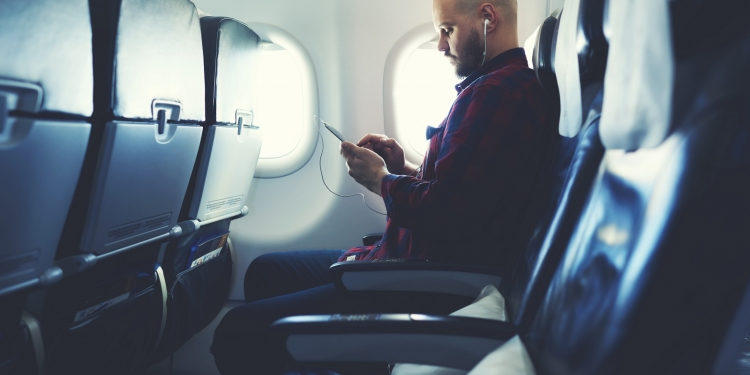 Internet a bordo dei voli a corto e medio raggio