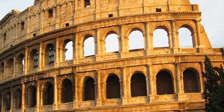 Colosseo: finito restauro esterno