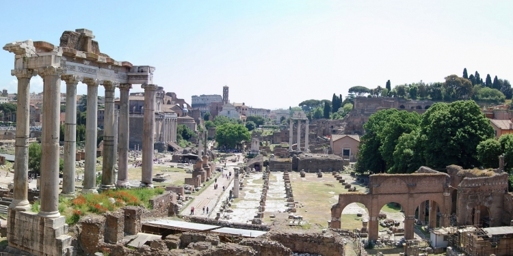 """Roma: l'Area Archeologica dei Fori Imperiali e """"Regina Viarum"""""""