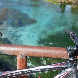 Il fiume Tirino.JPG