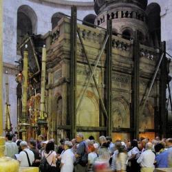 Gerusalemme: riapre l' Edicola Santo Sepolcro