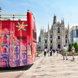 I tour di Milano in dialetto meneghino