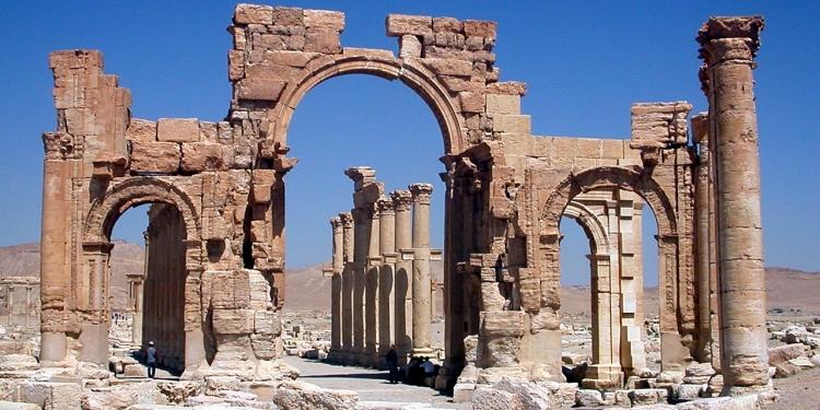 In mostra la riproduzione 3D dell'Arco di Palmira ad Arona