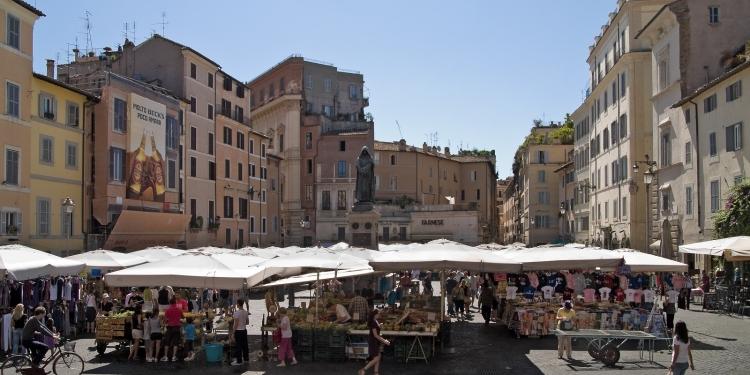Passeggiata alla scoperta delle storie e leggende di Roma