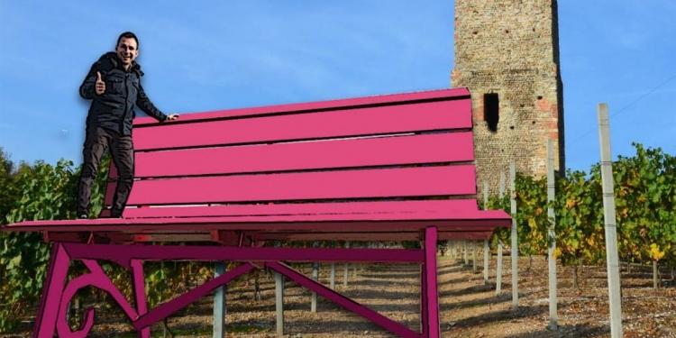 Gattinara: ecco la panchina gigante