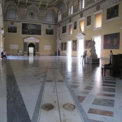 'Amori divini' al Mann da Louvre ed Hermitage