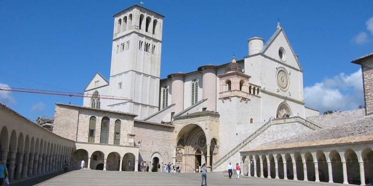 Assisi si candida a 'capitale italiana dei cammini'