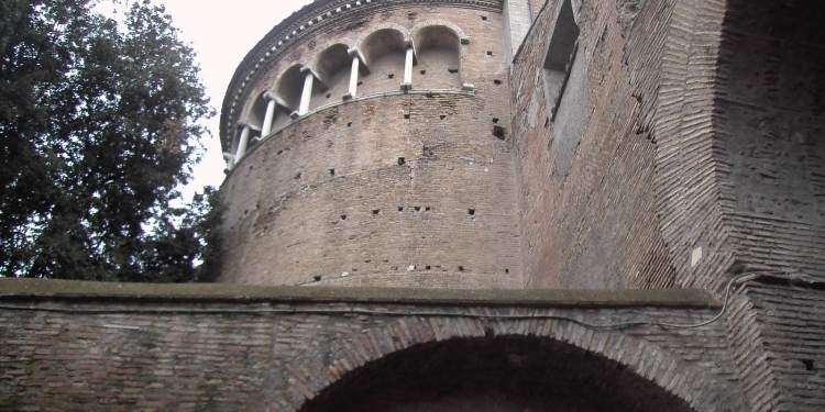 Sotto labasilica Dei Ss.Giovanni e Paolo al Celio