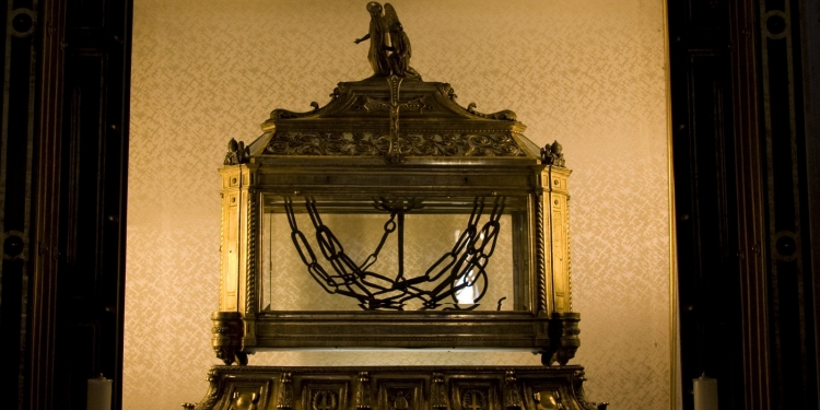 La Chiesa di S. Pietro in Vincoli e il Mosè  di  Michelangelo