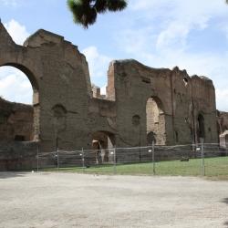 Roma: le Terme di Caracalla, il Colle Palatino, il Rione Trieste