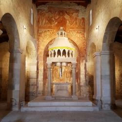 15 San Pietro Oratirum l_altare pagano.jpg