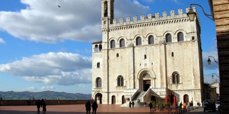 Gubbio: Storia e leggenda