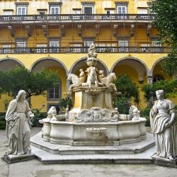 Conventi e chiostri a San Gregorio Armeno e… la pastiera