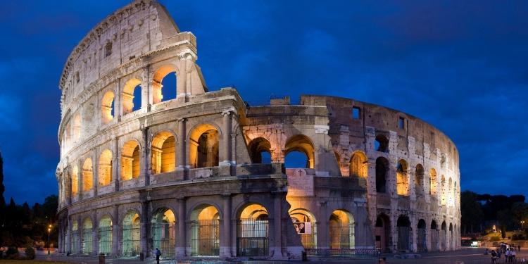 La 'nuova luce' del Colosseo