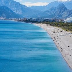 Turismo: il 3 giugno si riaprono le frontiere nella U.E.