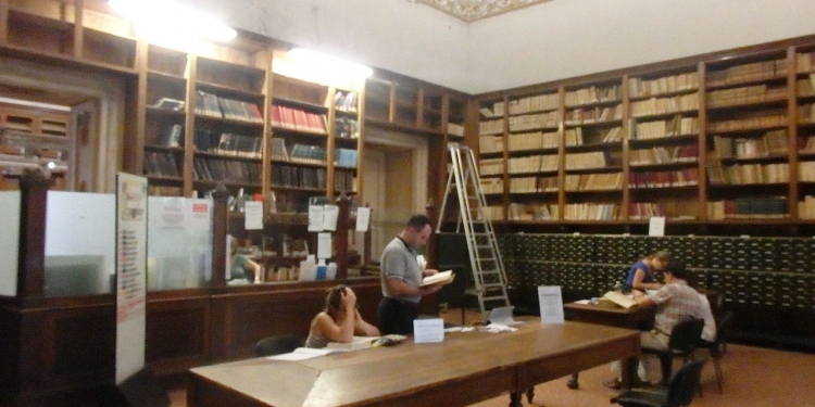 Prenota il tuo posto di lettura in biblioteca