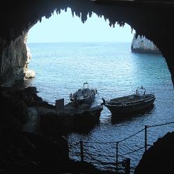 Tour delle Grotte a Castro