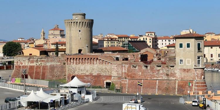 A Livorno, Volterra e Colle Val D'Elsa
