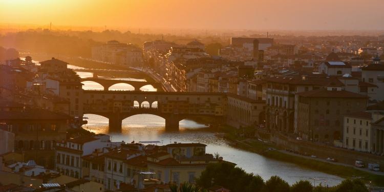 I ponti di Firenze raccontano