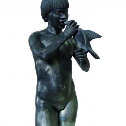 7 Luciano Mello Witkowski Pinto, Cibando il pappagallo, bucchero argenteo, 2007.jpg