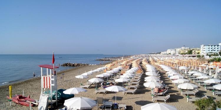 Coldiretti: un buco da 23 mld senza vacanze in Italia