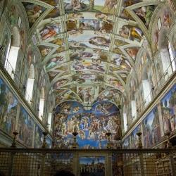 La Cappella Sistina, le stanze di Raffaello, gli appartamenti Borgia, il cortile del Belvedere