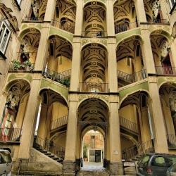 Napoli che non ti aspetti...miseria e nobiltà